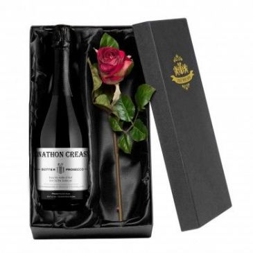 Contemporary Prosecco with a Rose Giftpack
